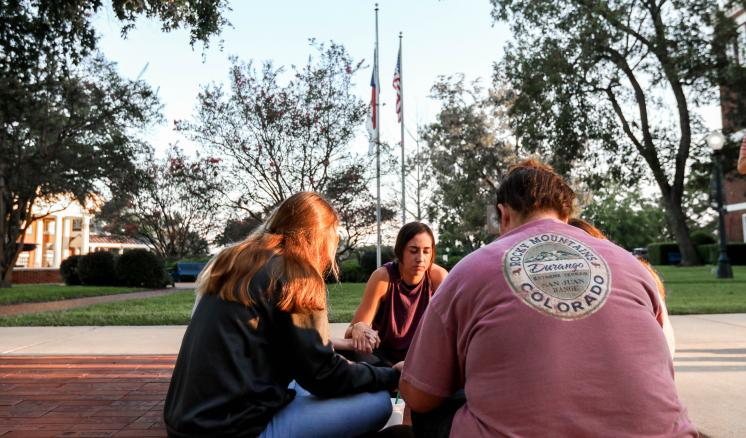 ETBU joins together in prayer during annual See You at the Pole