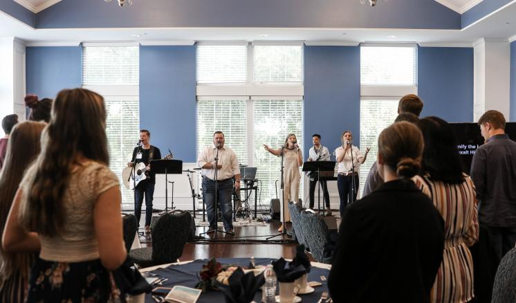 ETBU's Worship Summit teaches, equips, and inspires church musicians and students