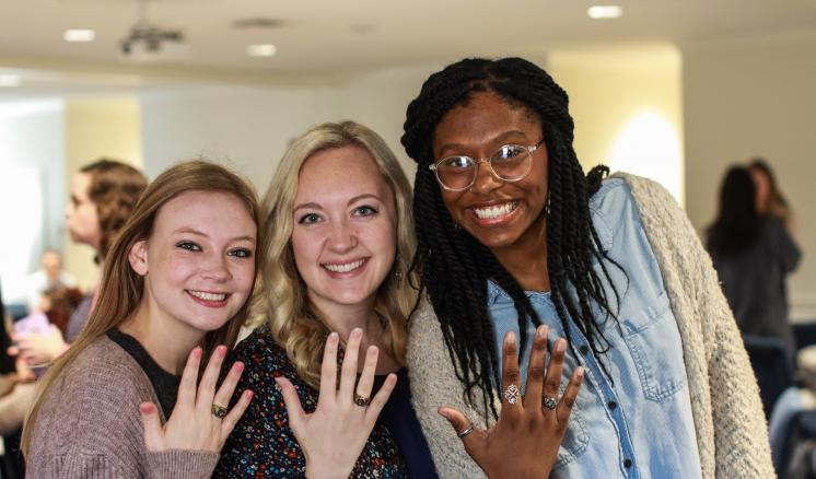 ETBU holds Ring Blessing ceremony to honor graduating seniors