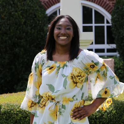 ETBU senior Catina Hayes receives UPS Scholarship