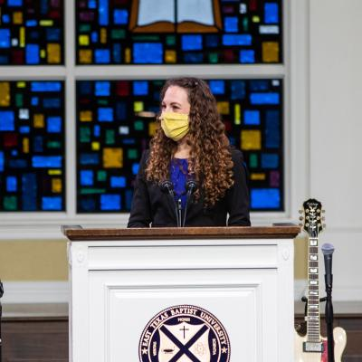 Dr. Mandy McMichael visits ETBU during T.B. Maston Lecture Series